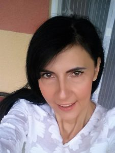 Десислава Манолкова